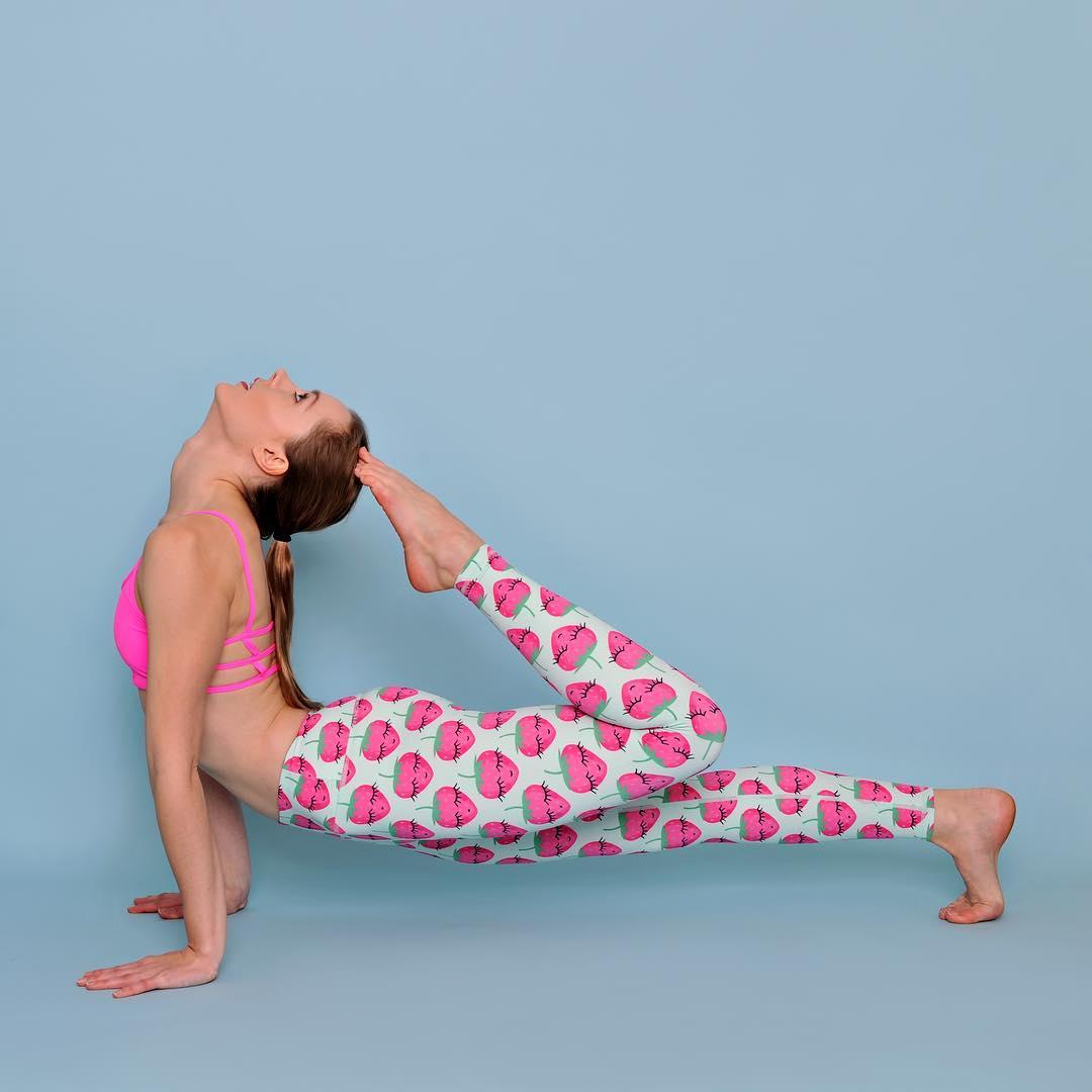 cbe5a9359721b Flexi Lexi Strawberry Tights / Yoga Pants / Treningsbukse