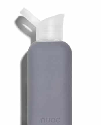 NUOC Silicone sleeved glass water bottle 500ml in Grey